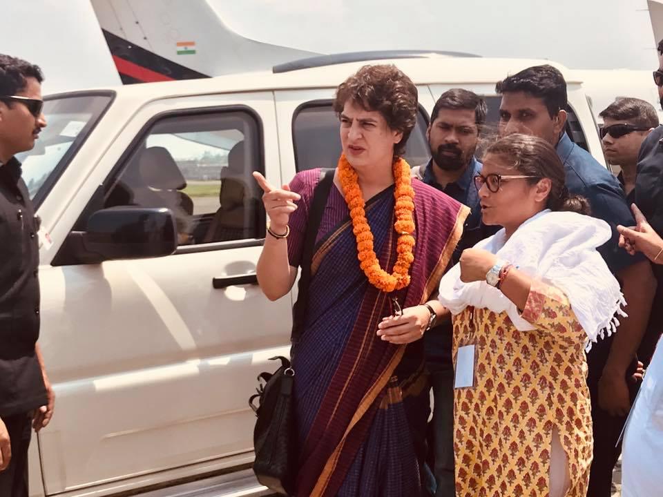 Priyanka Gandhi arrives, road show to begin in favour of Sushmita